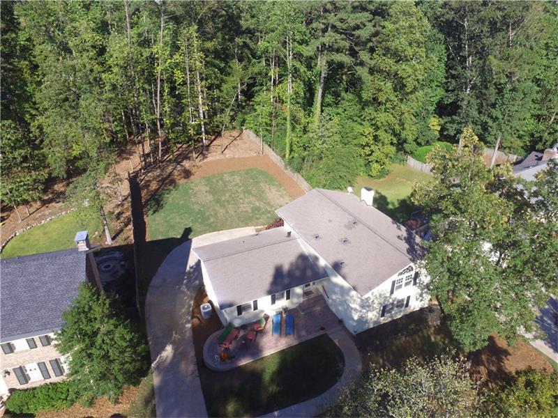 5670 Bend Creek Road, Dunwoody, GA 30338 (MLS #5744932) :: North Atlanta Home Team
