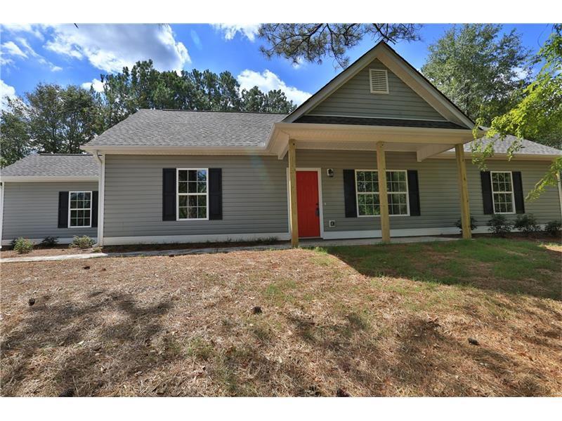 950 Park Street, Loganville, GA 30052 (MLS #5723716) :: North Atlanta Home Team