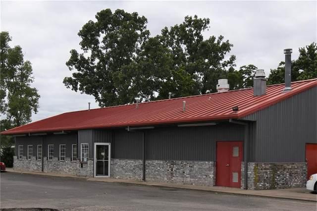 11 W Walnut Street, Stilwell, OK 74960 (MLS #1038239) :: Hometown Home & Ranch