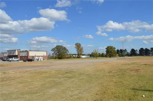 3100-B N Broadway, Poteau, OK 74953 (MLS #1040154) :: Hometown Home & Ranch