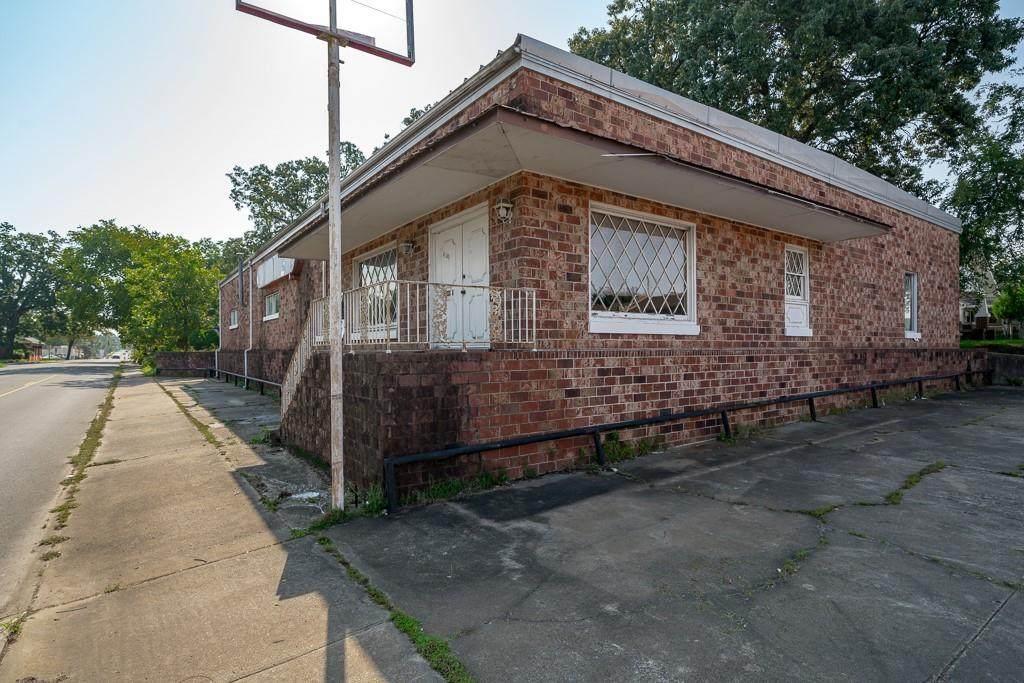 1702 Dodson Avenue - Photo 1