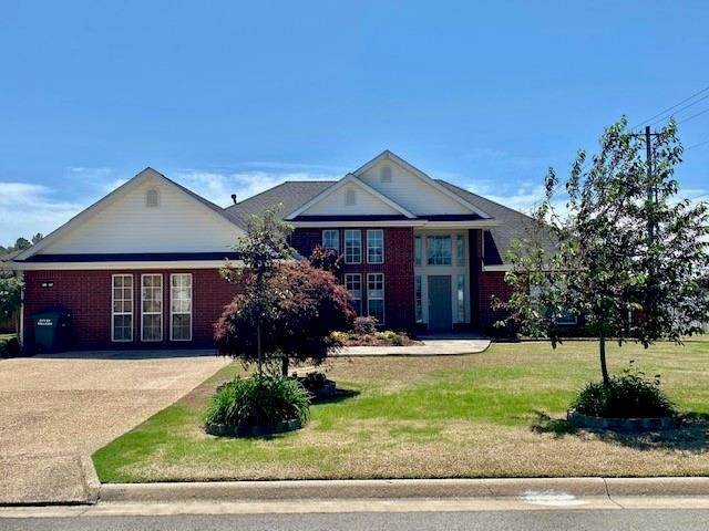 2104 Winterpark Drive, Sallisaw, OK 74955 (MLS #1046223) :: Fort Smith Real Estate Company