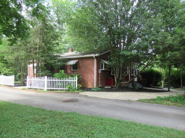 22 Swallow Ln, Franklin, NC 28734 (MLS #26019935) :: Old Town Brokers