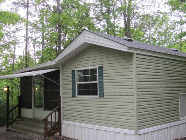415 Woodland Hills Dr., Whittier, NC 28789 (MLS #26001783) :: Old Town Brokers