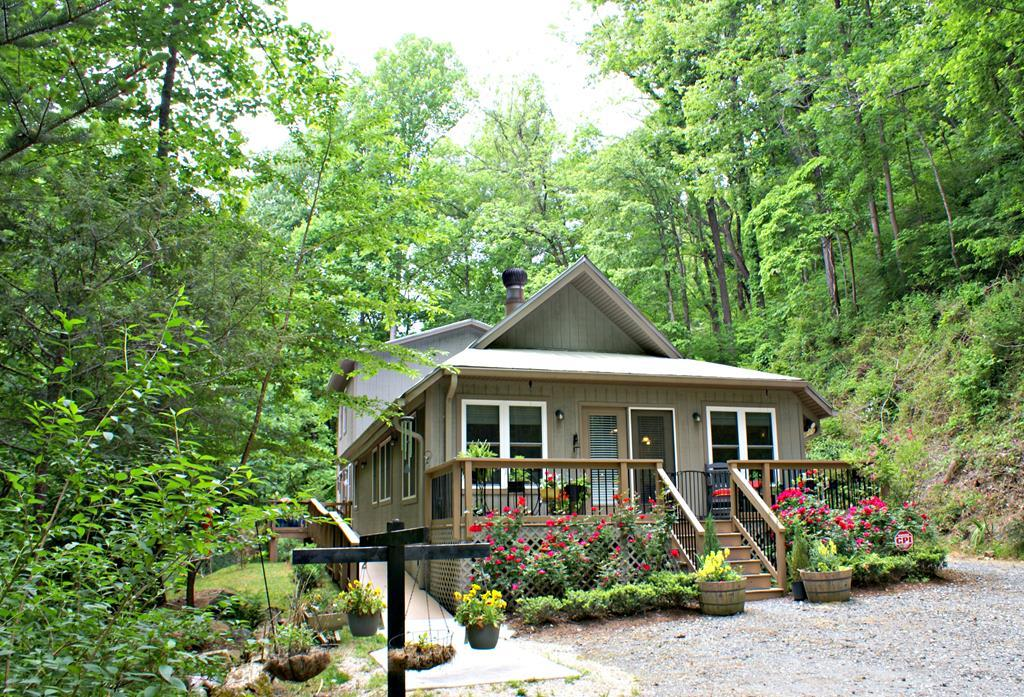 3338 Shook Cove Rd. - Photo 1