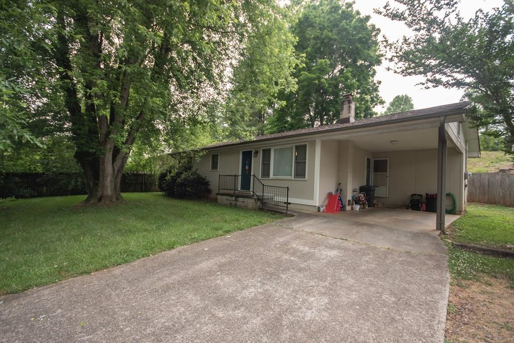 35 Rolling Hills Dr - Photo 1