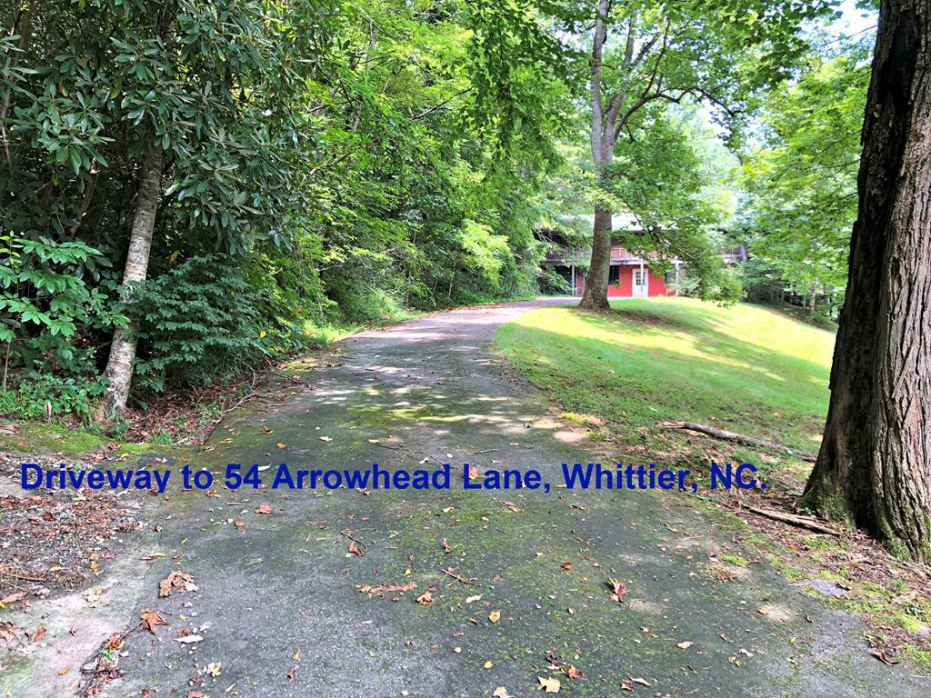 54 Arrowhead Ln - Photo 1