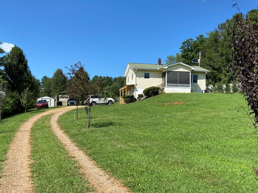 120 Middle Creek Road - Photo 1