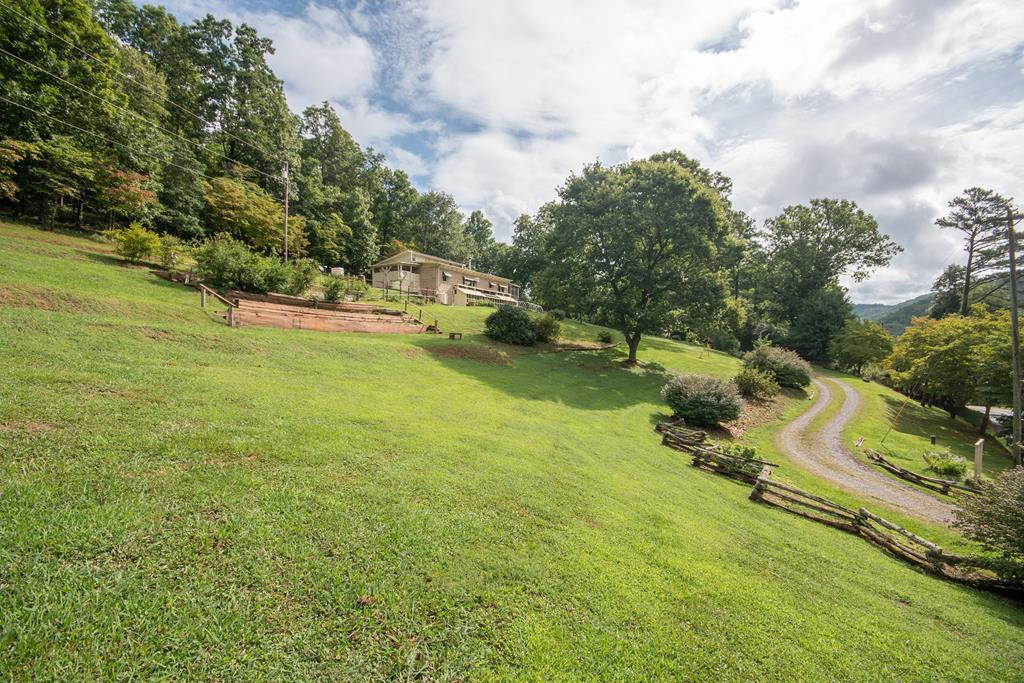 56 Leaning Pine Rd - Photo 1