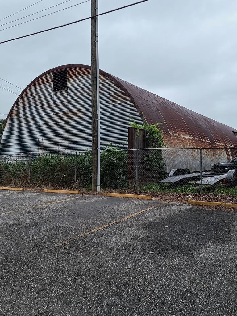 121 Everett Street - Photo 1