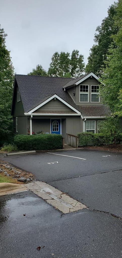 31 N. Ridge Pt Apt D7, Sylva, NC 28779 (MLS #26021087) :: Old Town Brokers