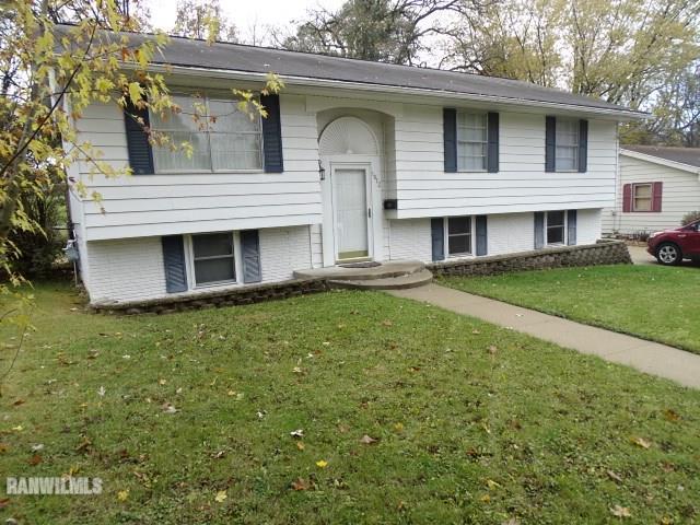 1812 Ridge, Freeport, IL 61032 (MLS #20172069) :: Key Realty