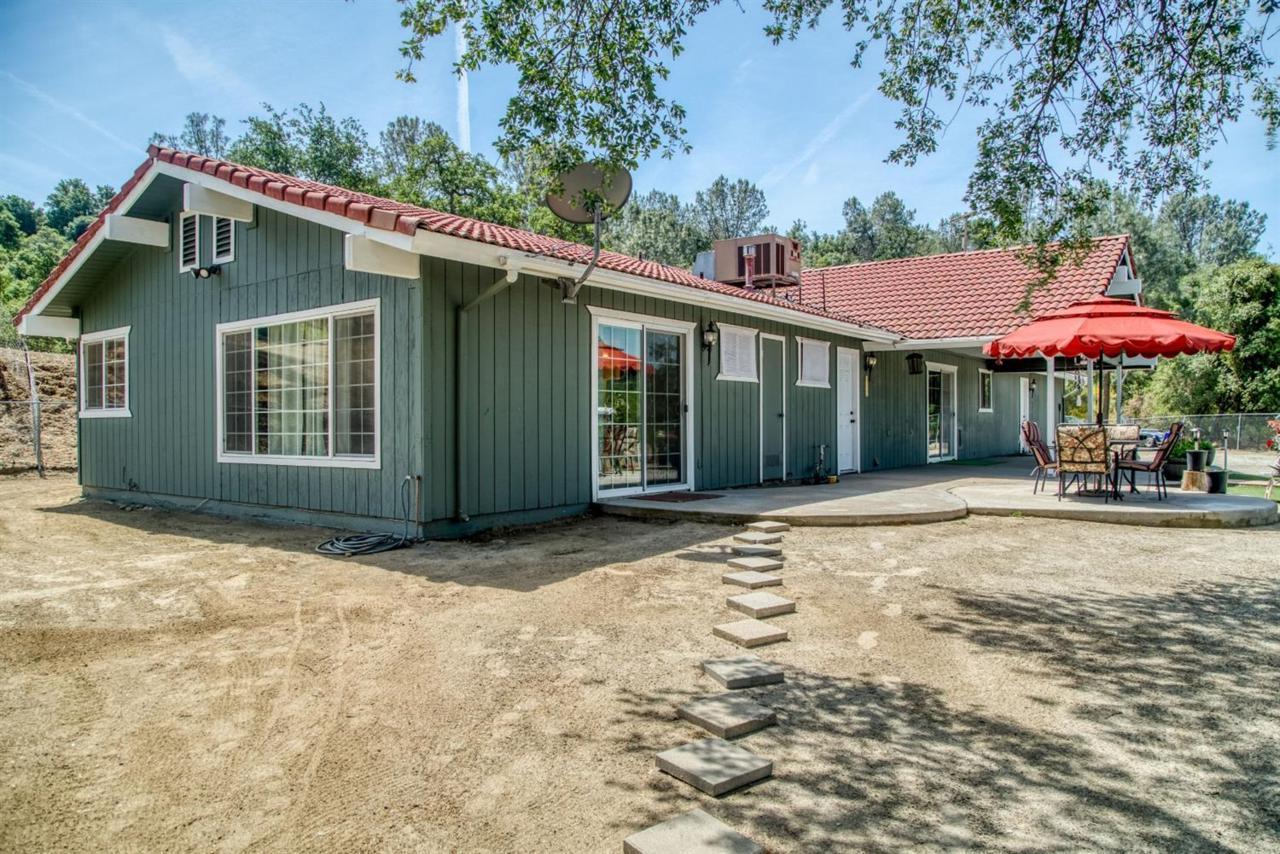 32348 Lodge Road - Photo 1