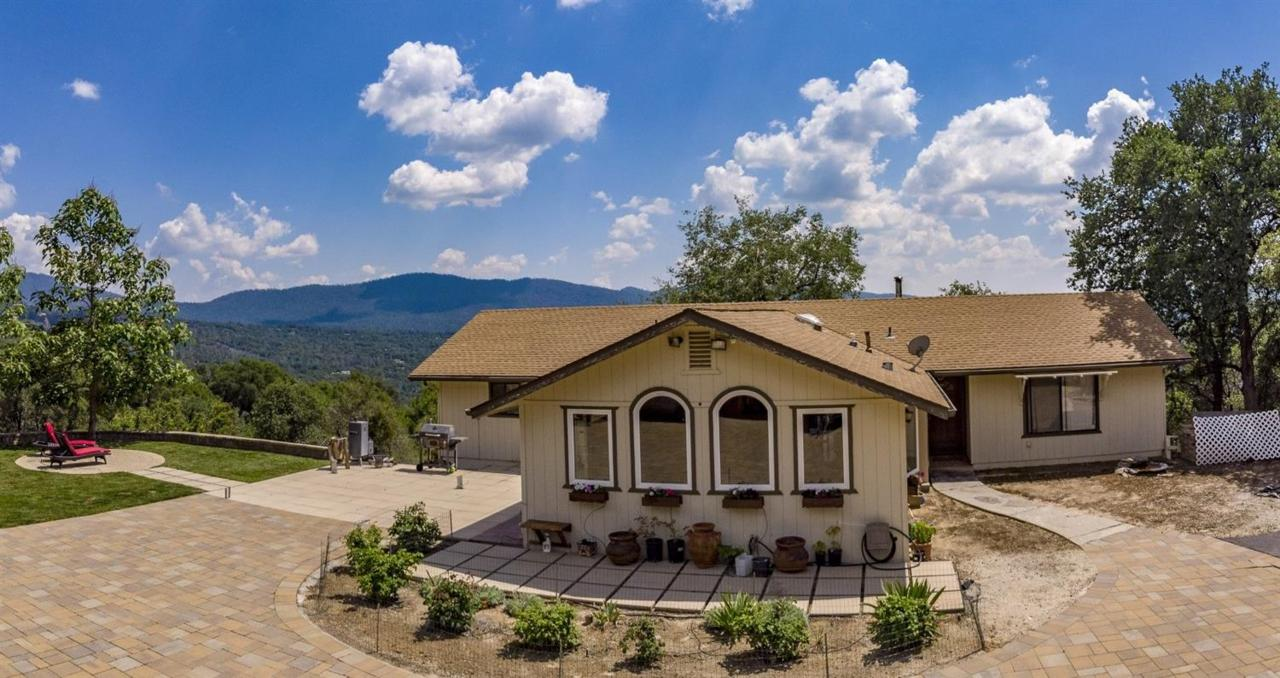40852 Indian Springs Road - Photo 1