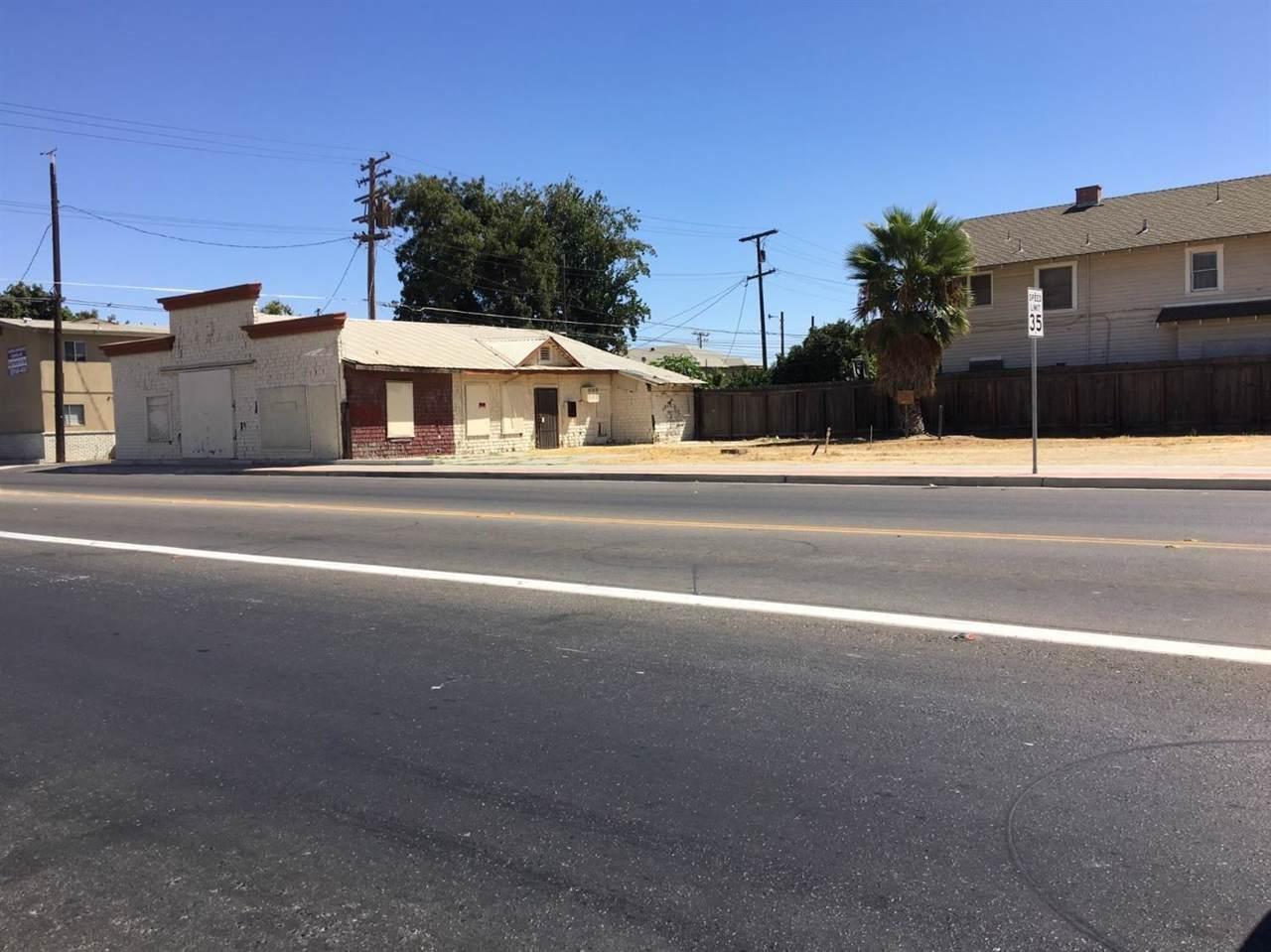 206 4th Street - Photo 1