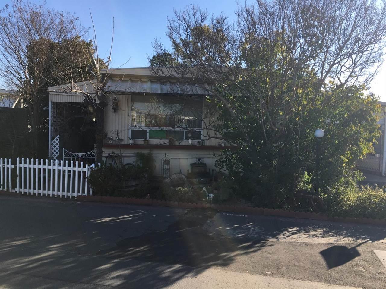 1724 Minnewawa Avenue - Photo 1