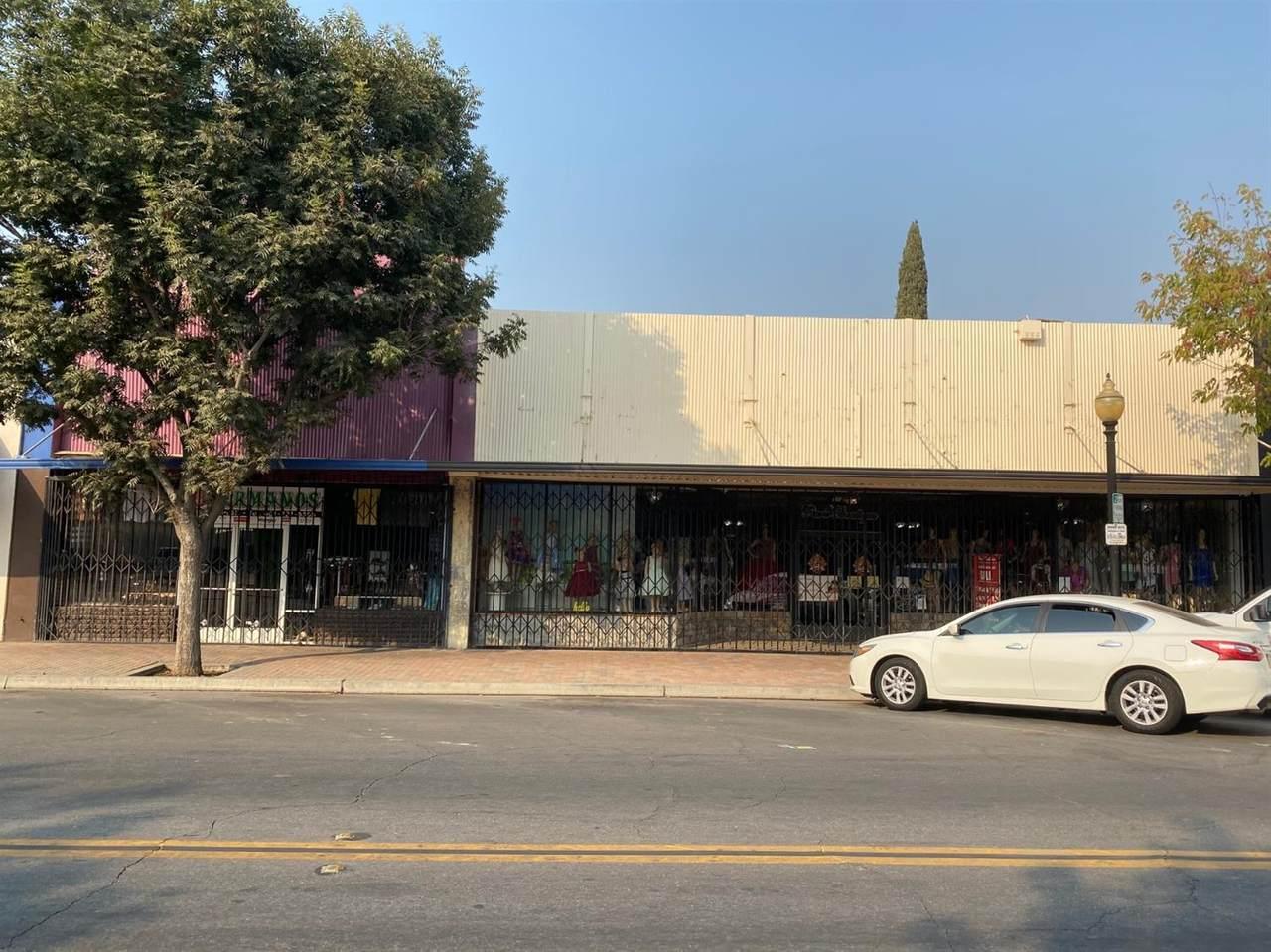 1123-1125 Main Street - Photo 1