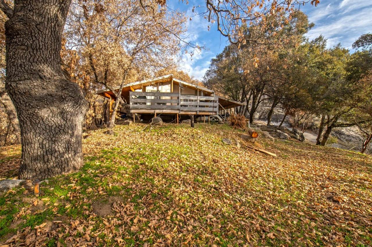 36696 Peterson Road - Photo 1