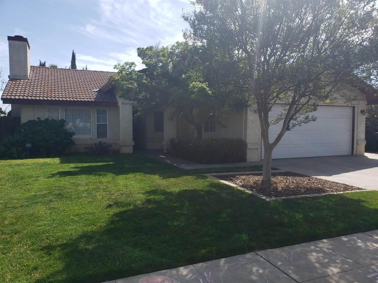 2074 Los Altos Avenue - Photo 1