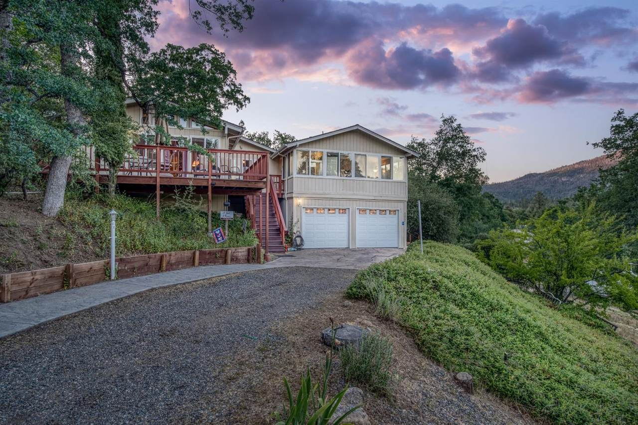 43547 Whispering Pines Drive - Photo 1