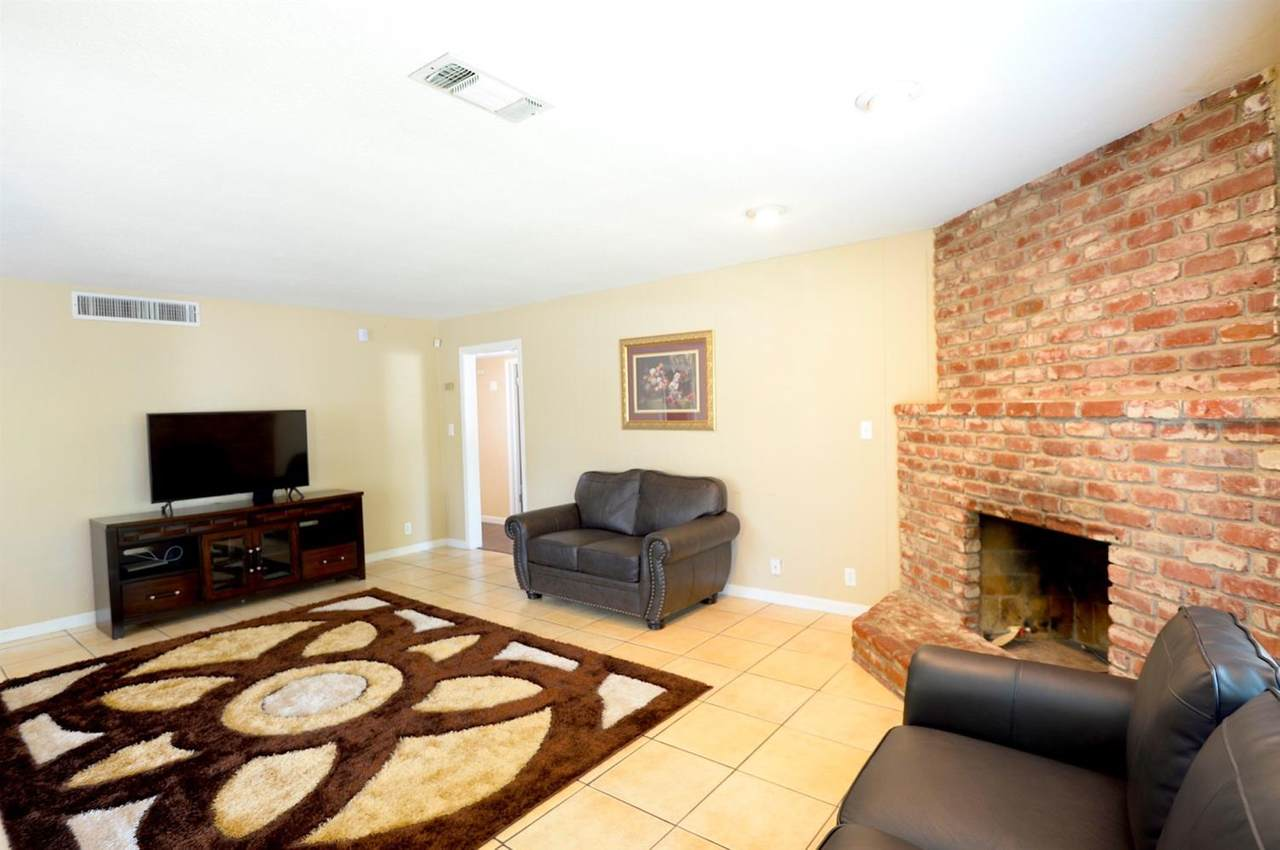 3033 Wolters Avenue - Photo 1