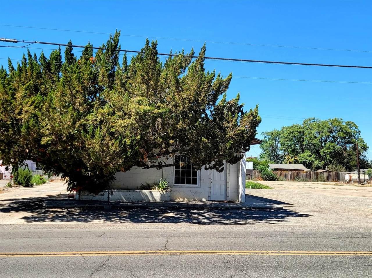 10654 Elkhorn Avenue - Photo 1