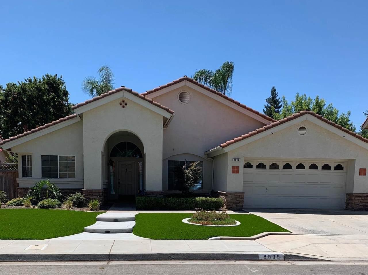 5609 Los Altos Avenue - Photo 1