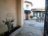 1550 Golden Valley Way - Photo 3