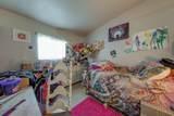 324 Drakeley Avenue - Photo 21