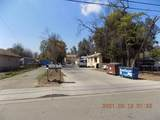811-817 Leslie Street - Photo 7