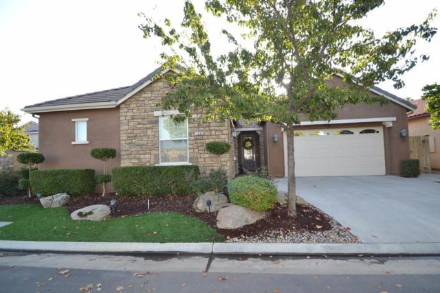 1685 N Chesterfield Lane, Clovis, CA 93619 (#489894) :: Raymer Team Real Estate