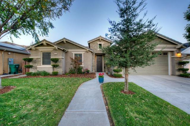 1031 Hill Avenue, Fowler, CA 93625 (#491015) :: Raymer Realty Group