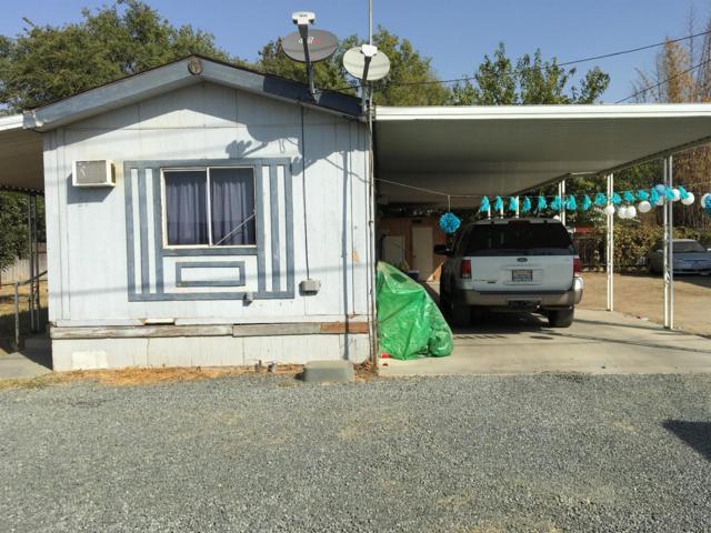 374 N Maple Street, Pixley, CA 93256 (#491869) :: FresYes Realty