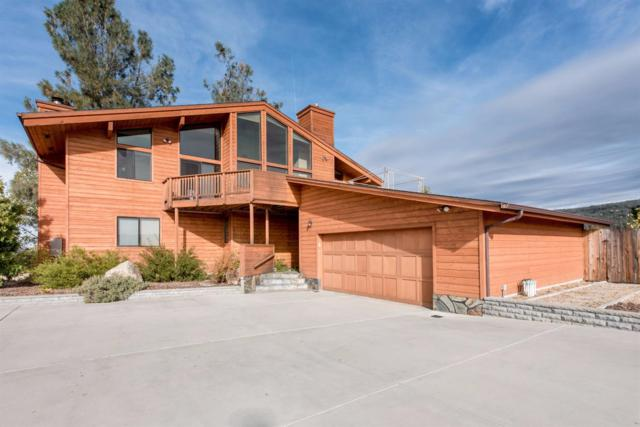 42569 Old Yosemite Road, Oakhurst, CA 93644 (#492910) :: Raymer Realty Group