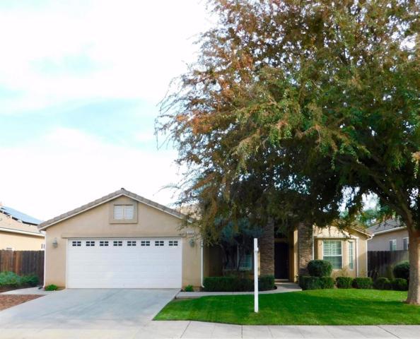 8066 N Paula Avenue, Fresno, CA 93720 (#493400) :: Raymer Realty Group