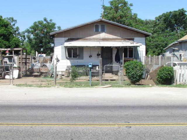 2318 S East Avenue, Fresno, CA 93721 (#493969) :: FresYes Realty