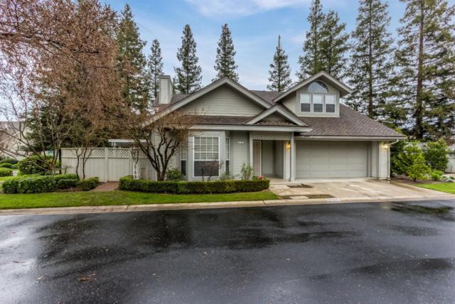 9152 N Stoneridge Lane, Fresno, CA 93720 (#495849) :: FresYes Realty