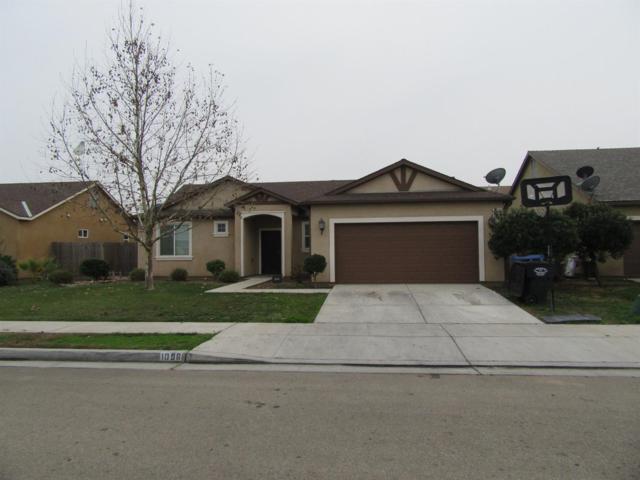 1096 Rosemary Avenue, Dinuba, CA 93618 (#495936) :: FresYes Realty