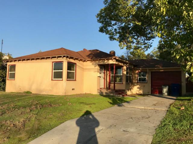 1534 N Fruit Avenue, Fresno, CA 93728 (#496429) :: Raymer Realty Group