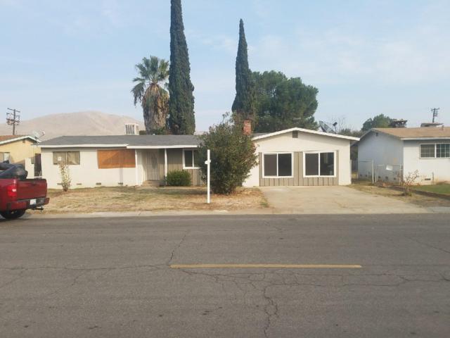 680 N Palm Street, Woodlake, CA 93286 (#496565) :: FresYes Realty