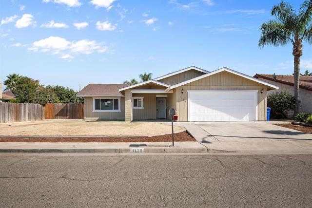 1120 Birch Drive, Porterville, CA 93257 (#498060) :: FresYes Realty