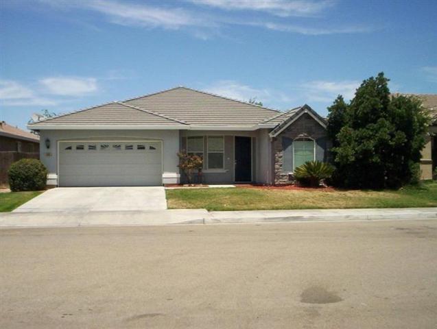 5253 E Byrd Avenue, Fresno, CA 93725 (#498521) :: FresYes Realty