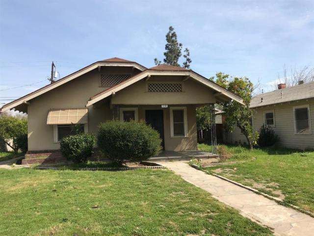 1118 N Carruth Avenue, Fresno, CA 93728 (#498668) :: FresYes Realty