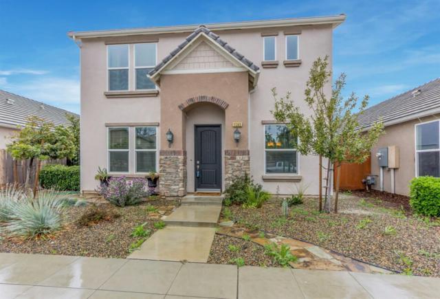 11345 N Blue Sage Avenue, Fresno, CA 93730 (#498755) :: FresYes Realty