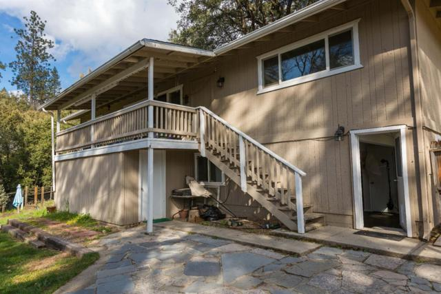 43071 Country Club Drive, Oakhurst, CA 93644 (#498799) :: FresYes Realty
