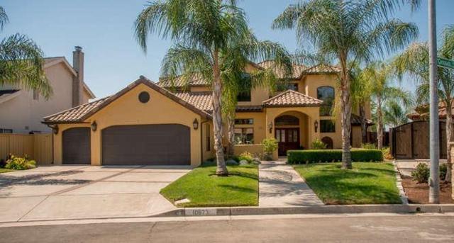 10673 N Coronado Circle, Fresno, CA 93730 (#498991) :: FresYes Realty