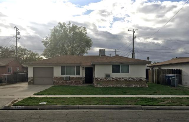 4443 N Angus Street, Fresno, CA 93726 (#499061) :: FresYes Realty