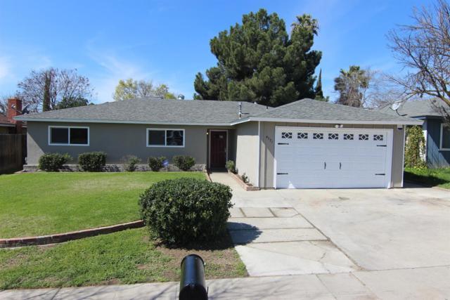 4571 N Hughes Avenue, Fresno, CA 93705 (#499190) :: FresYes Realty