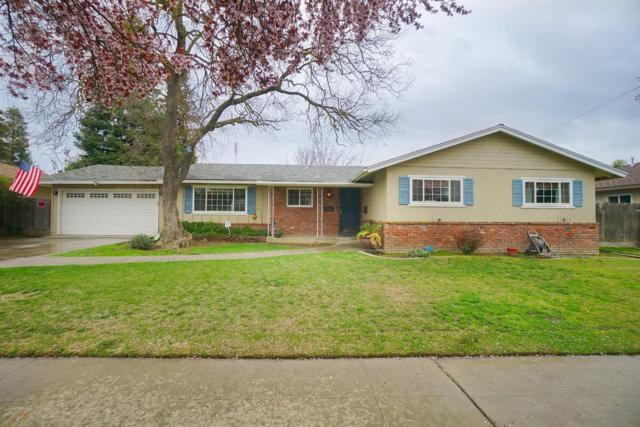 739 W Fairmont Avenue, Fresno, CA 93705 (#499200) :: FresYes Realty