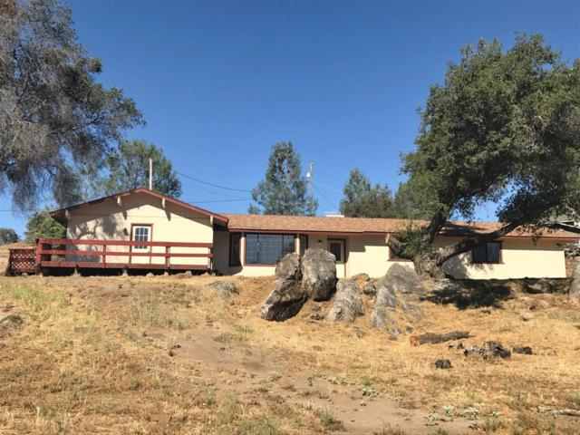 31151 Brave Eagle Court, Coarsegold, CA 93614 (#499312) :: FresYes Realty